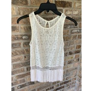WHITE LACE AND FRINGE TANK TOP